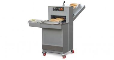 Brotschneidemaschine AKRA